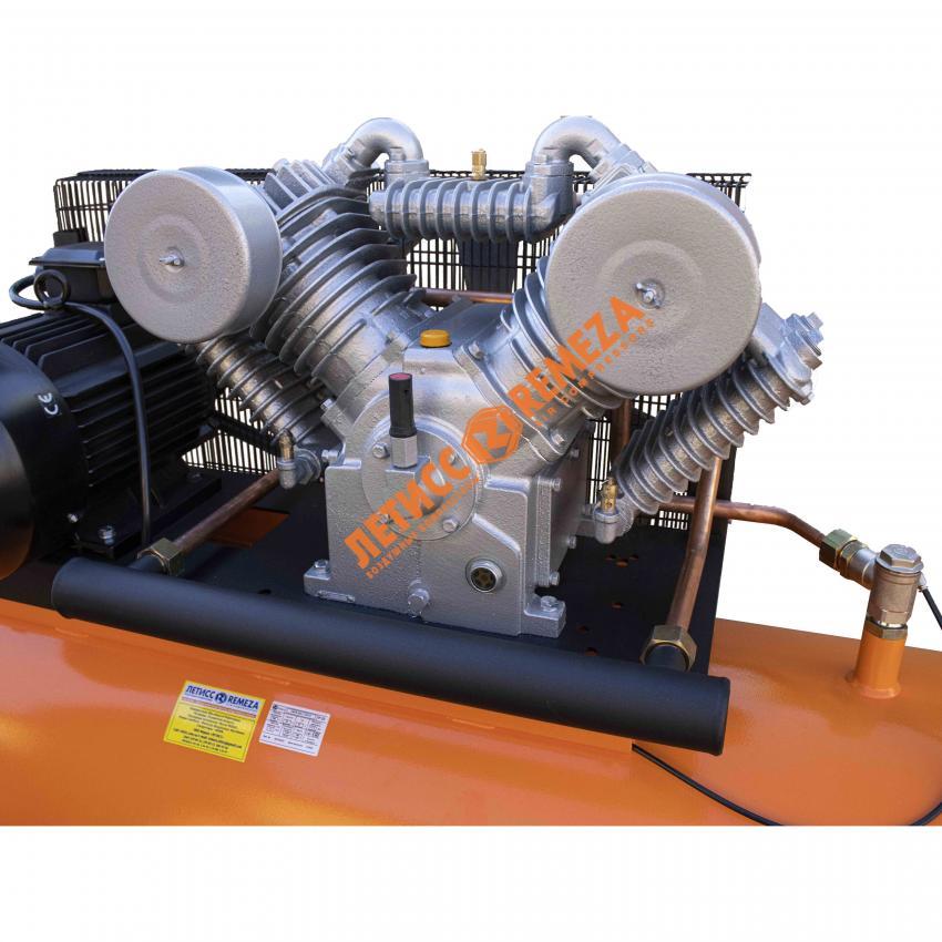 Поршневой блок Remeza Lacme LТ100 поршневого компрессора AirCast Remeza Ф-500 LT100 11kvt 10atm