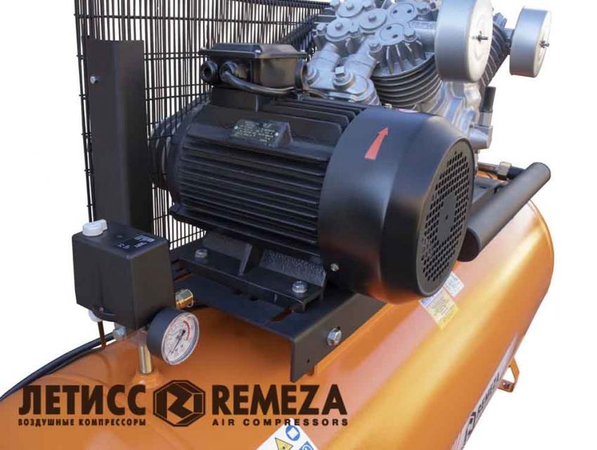 Прессостат и электродвигатель поршневого компрессора Remeza 500 LT100/15-7,5